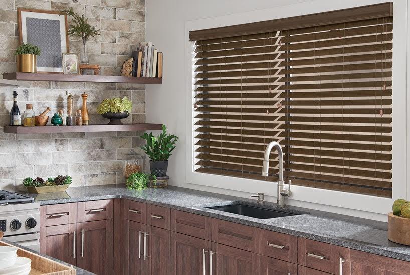 Gợi Ý 3 Loại Rèm Cửa Đẹp Phù Hợp Với Phòng Bếp