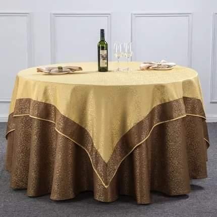 Khăn trải bàn-2