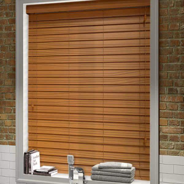 Rèm gỗ cửa sổ nhỏ màu nâu