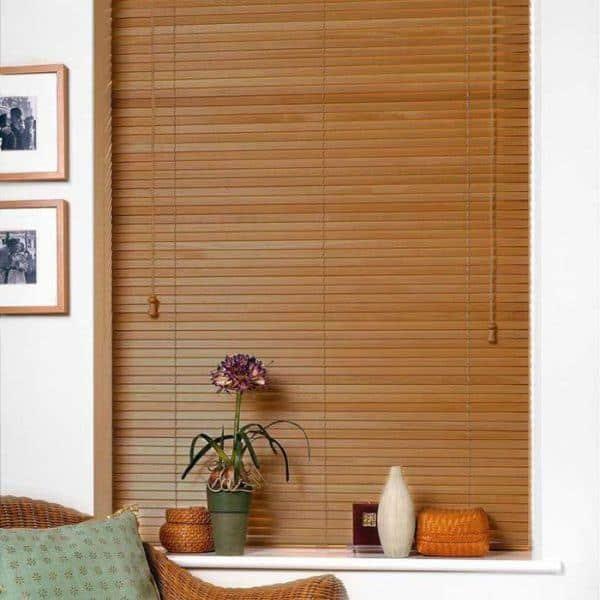 Rèm gỗ kéo tay cửa sổ màu nâu