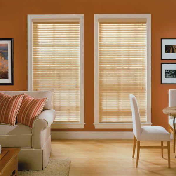 Rèm gỗ phòng khách màu cam nâu