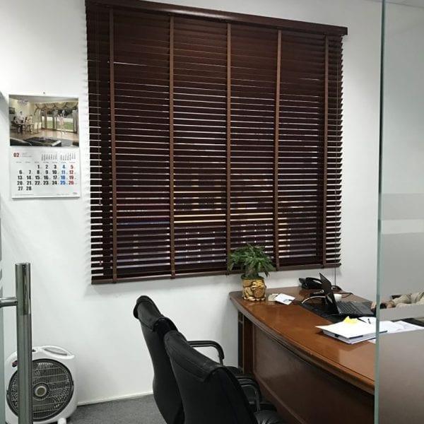 Rèm sáo gỗ văn phòng giám đốc